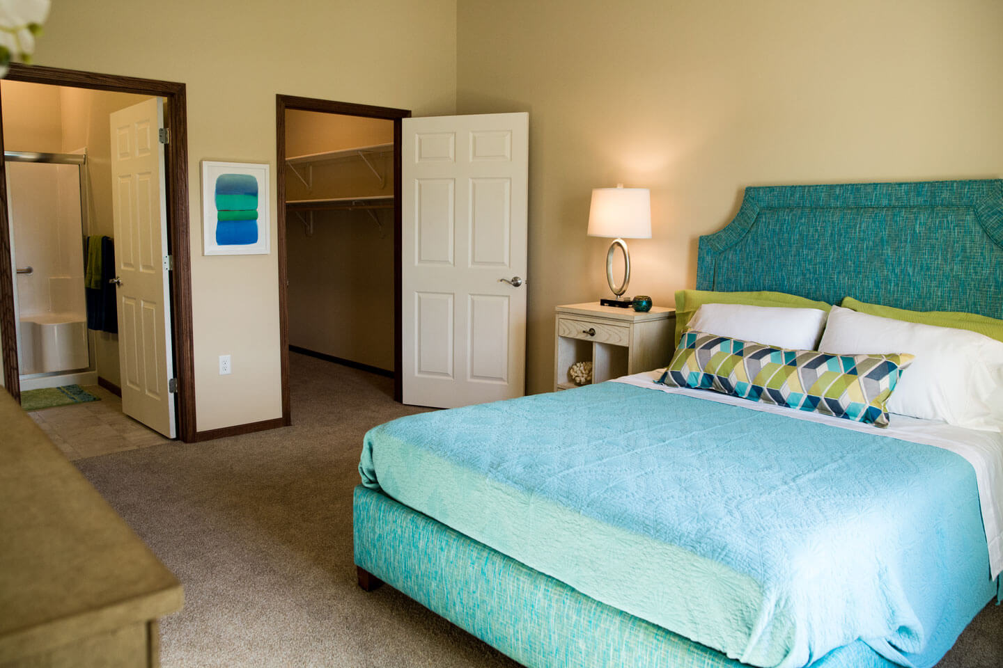 We have a range of thoughtfully laid out studio, one-,two-, and three-bedroom floor plans.